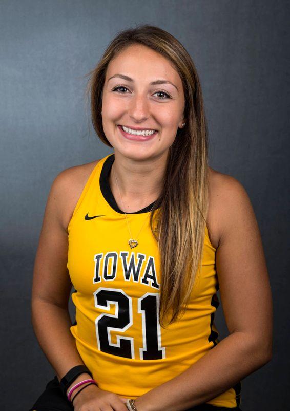 Isabella Licciardello - Field Hockey - University of Iowa Athletics