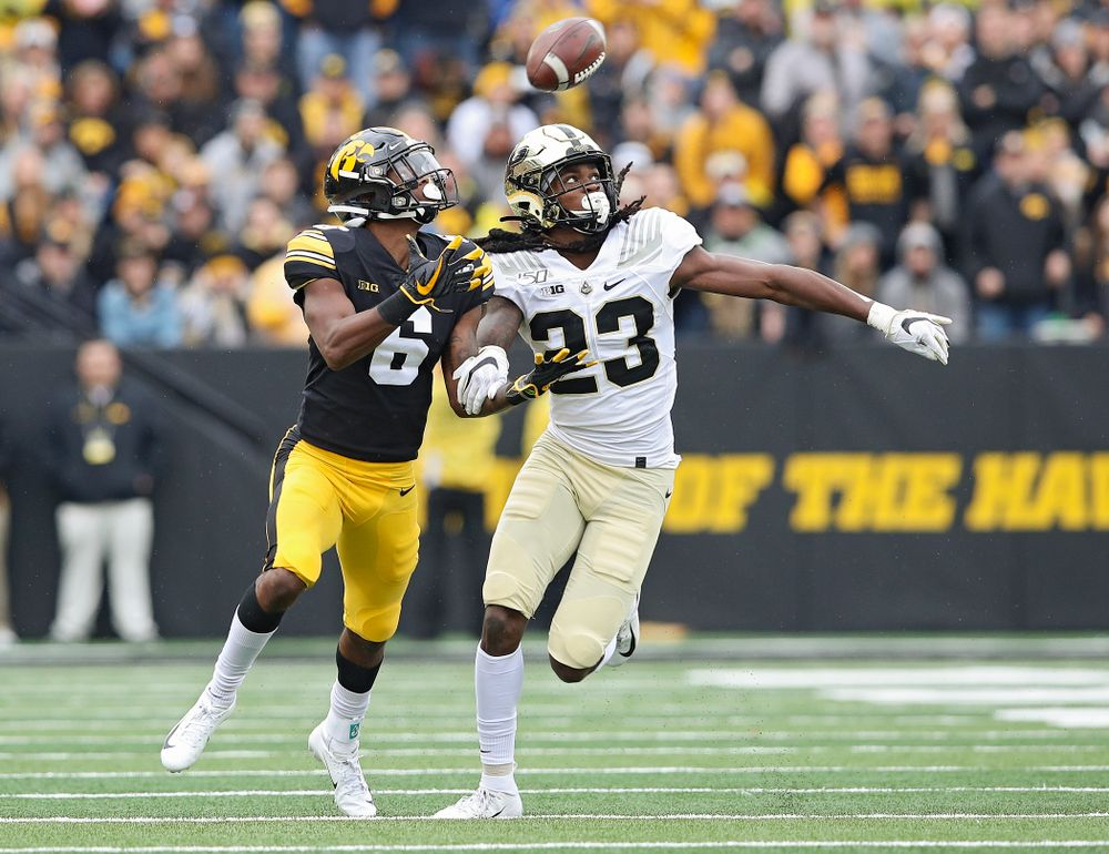 Iowa Hawkeyes wide receiver Ihmir Smith-Marsette (6) pulls in a pass with one hand during the first quarter of their game at Kinnick Stadium in Iowa City on Saturday, Oct 19, 2019. (Stephen Mally/hawkeyesports.com)