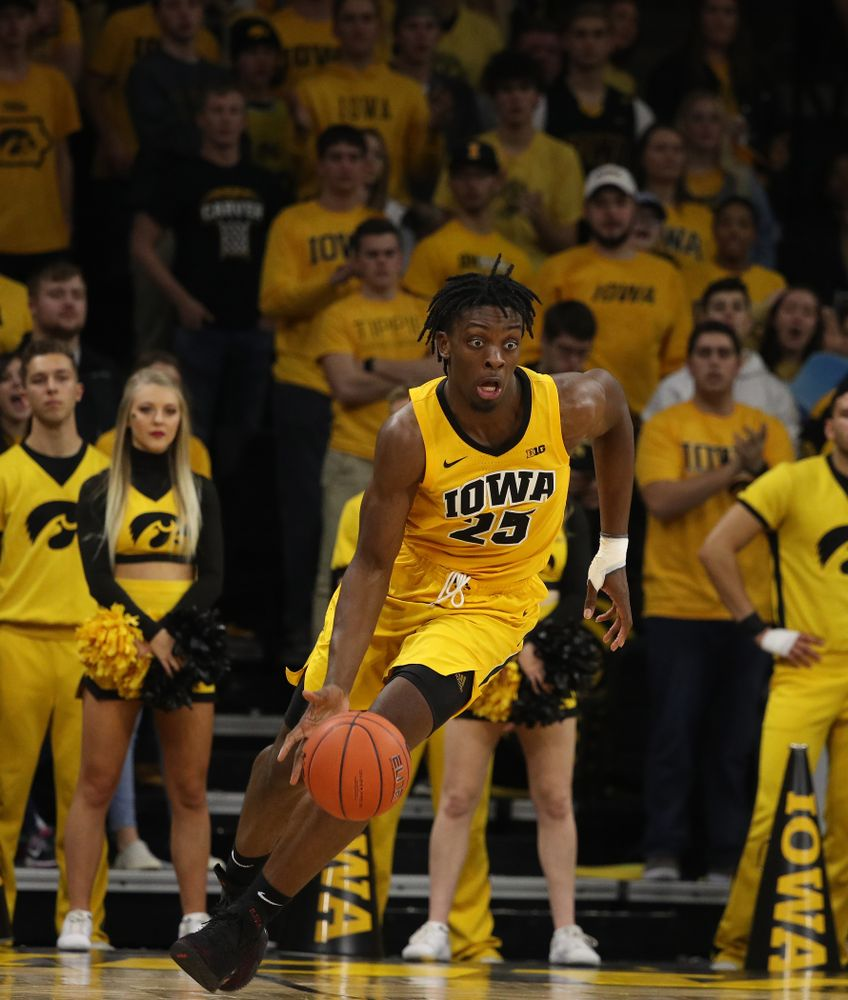 forward Tyler Cook (25) against the Wisconsin Badgers Friday, November 30, 2018 at Carver-Hawkeye Arena. (Brian Ray/hawkeyesports.com)