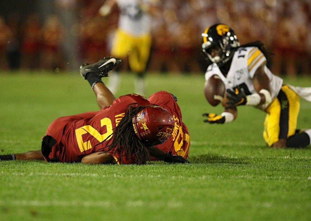 Iowa Hawkeyes defensive back Devonte Young (17) recovers an Iowa State fumble during the fourth quarter of their Iowa Corn Cy-Hawk Series game at Jack Trice Stadium in Ames on Saturday, Sep 14, 2019. (Stephen Mally/hawkeyesports.com)
