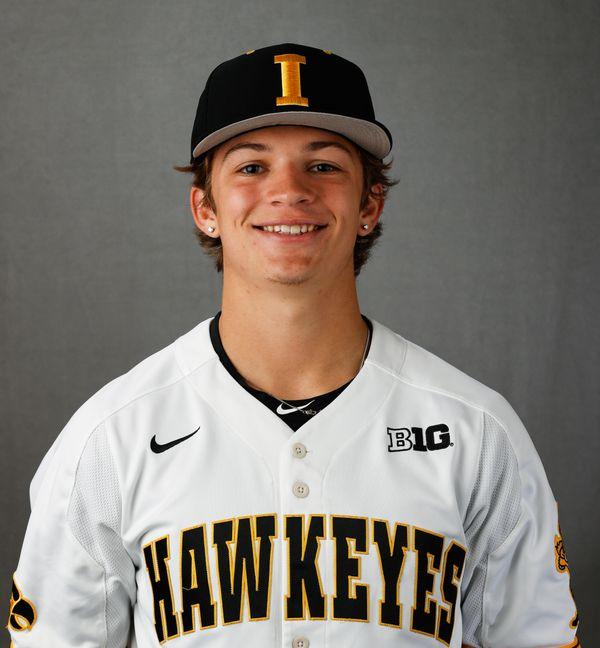 Coy Sarsfield - Baseball - University of Iowa Athletics