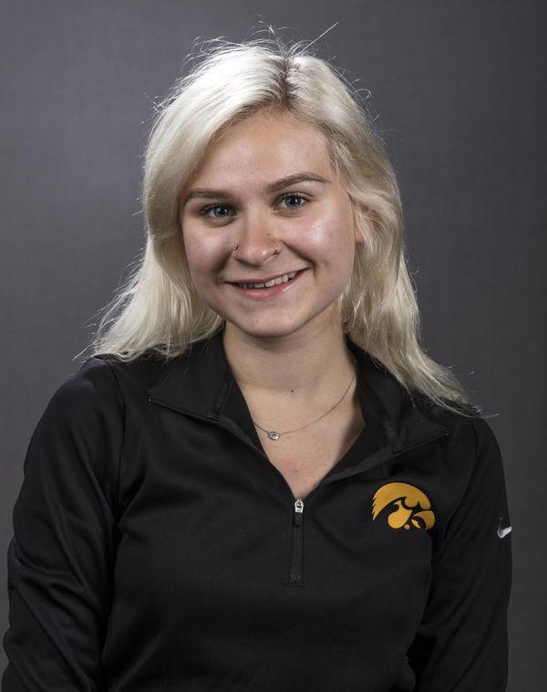 Taylor Lopez - Women's Rowing - University of Iowa Athletics