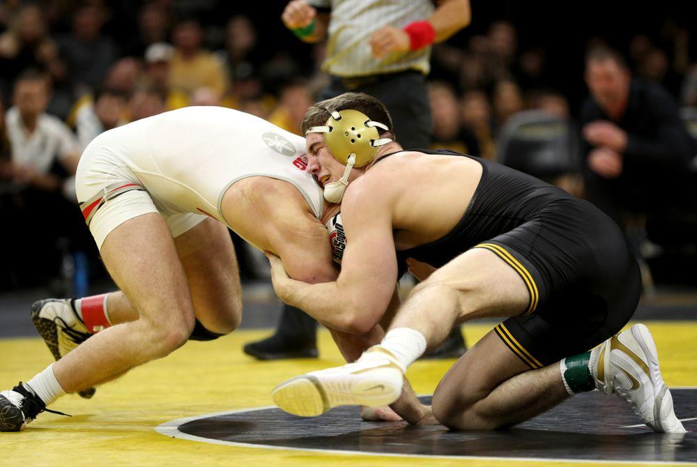Iowa's Abe Assad wrestles Ohio State's Rockey Jordan at 184 pounds Friday, January 24, 2020 at Carver-Hawkeye Arena. Assad won the match 3-1. (Brian Ray/hawkeyesports.com)
