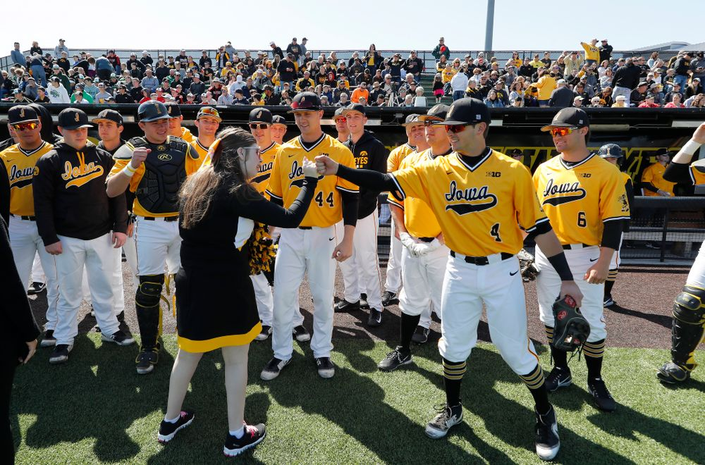 Iowa Hawkeyes infielder Mitchell Boe (4) against the Michigan Wolverines Sunday, April 29, 2018 at Duane Banks Field. (Brian Ray/hawkeyesports.com)
