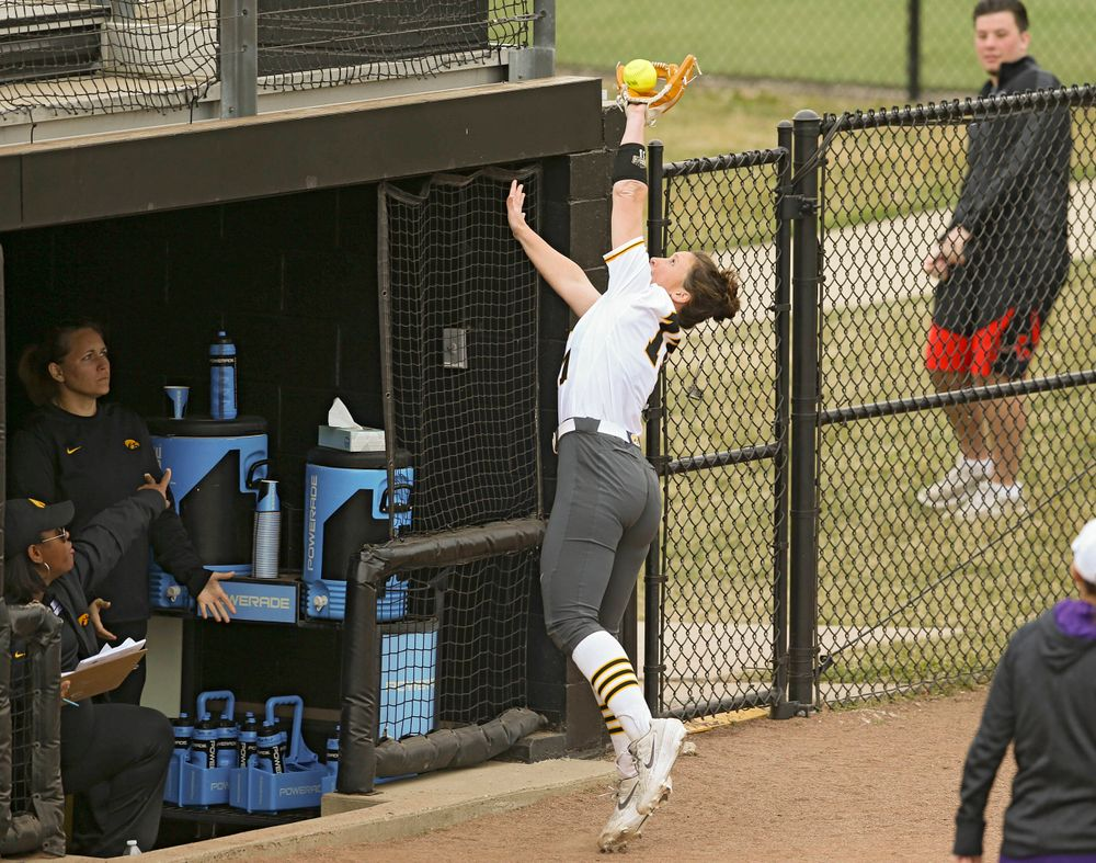 Iowa Hawkeyes Mallory Kilian (11) pulls in a pop up for an out during the fifth inning of their Big Ten Conference softball game at Pearl Field in Iowa City on Friday, Mar. 29, 2019. (Stephen Mally/hawkeyesports.com)