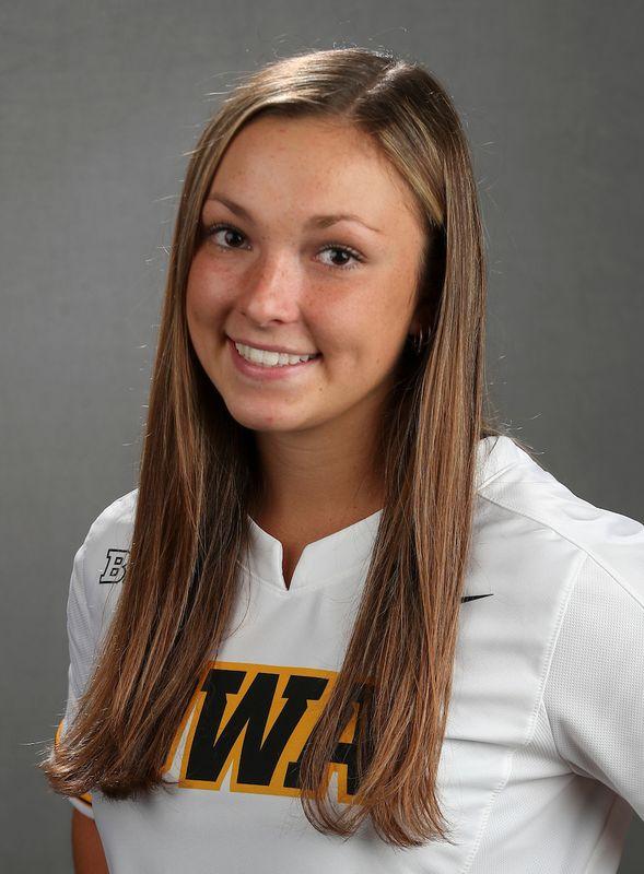 Grace Banes - Softball - University of Iowa Athletics