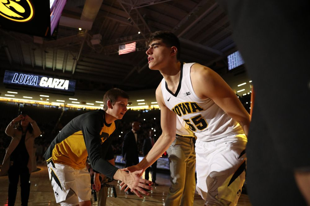 Iowa Hawkeyes forward Luka Garza (55) against the Northwestern Wildcats Sunday, February 10, 2019 at Carver-Hawkeye Arena. (Brian Ray/hawkeyesports.com)