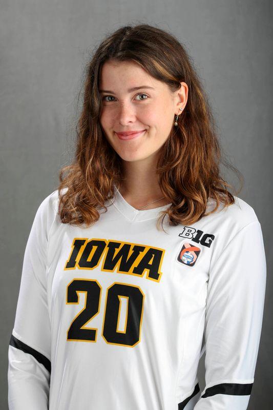 Edina Schmidt - Volleyball - University of Iowa Athletics