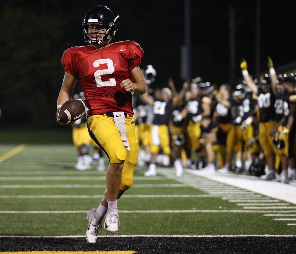 Iowa Hawkeyes quarterback Peyton Mansell (2)