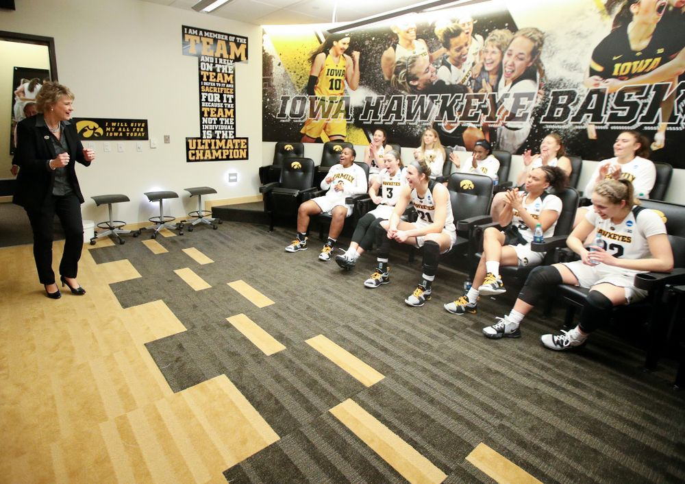 Iowa Hawkeyes head coach Lisa Bluder walks into the locker room after winning their second round game in the 2019 NCAA Women's Basketball Tournament at Carver Hawkeye Arena in Iowa City on Sunday, Mar. 24, 2019. (Stephen Mally for hawkeyesports.com)