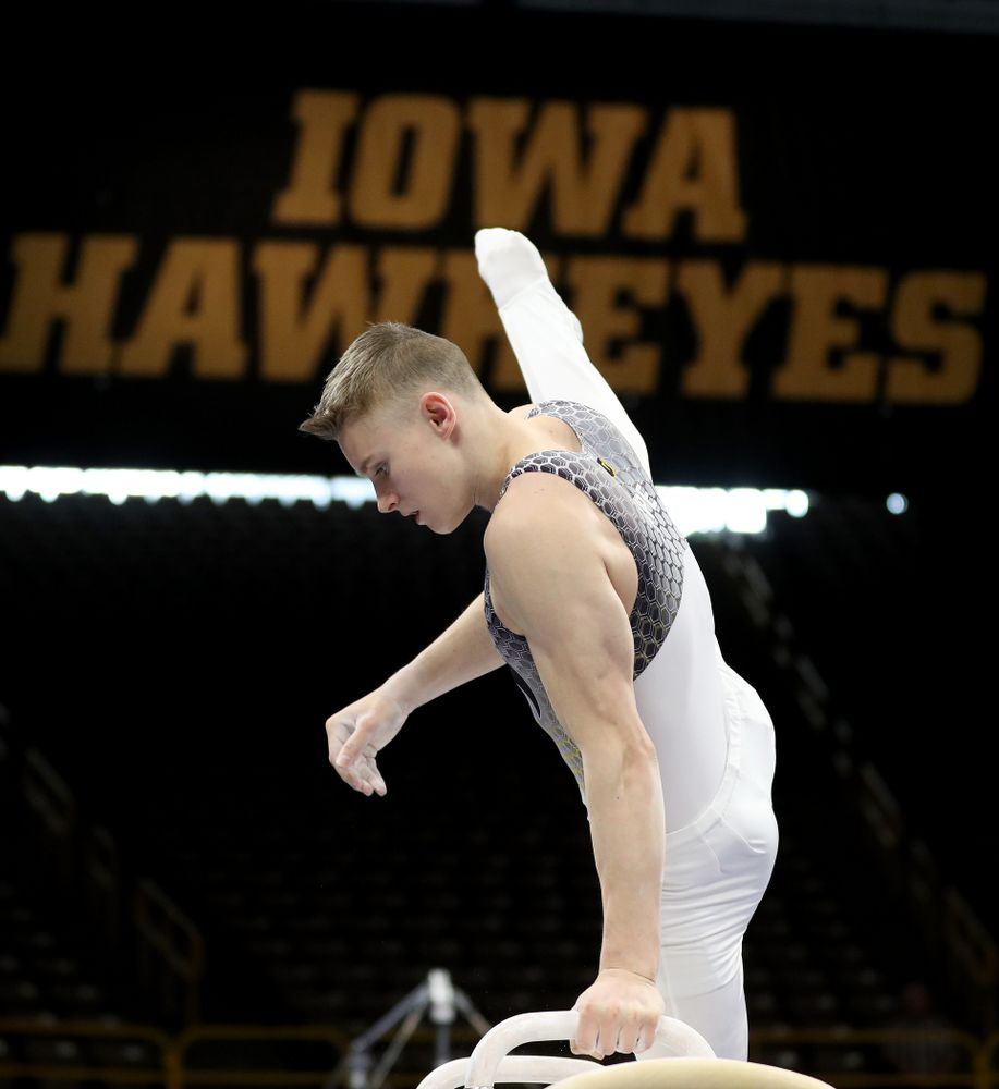 Iowa's Carter Tope competes on the pommel horse against Illinois Sunday, March 1, 2020 at Carver-Hawkeye Arena. (Brian Ray/hawkeyesports.com)