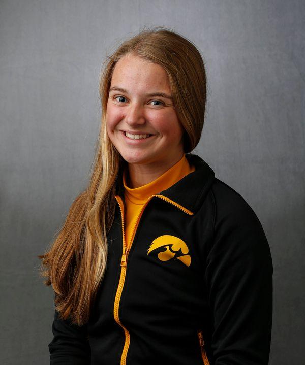 Emma Hindes - Women's Rowing - University of Iowa Athletics