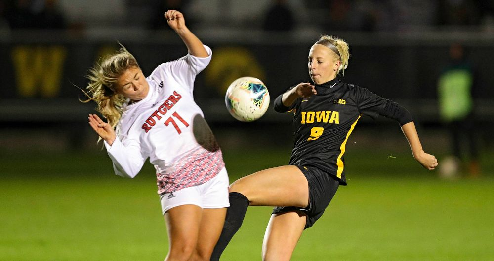 Iowa defender Samantha Cary (9) eyes the ball during the second half of their match at the Iowa Soccer Complex in Iowa City on Friday, Oct 11, 2019. (Stephen Mally/hawkeyesports.com)
