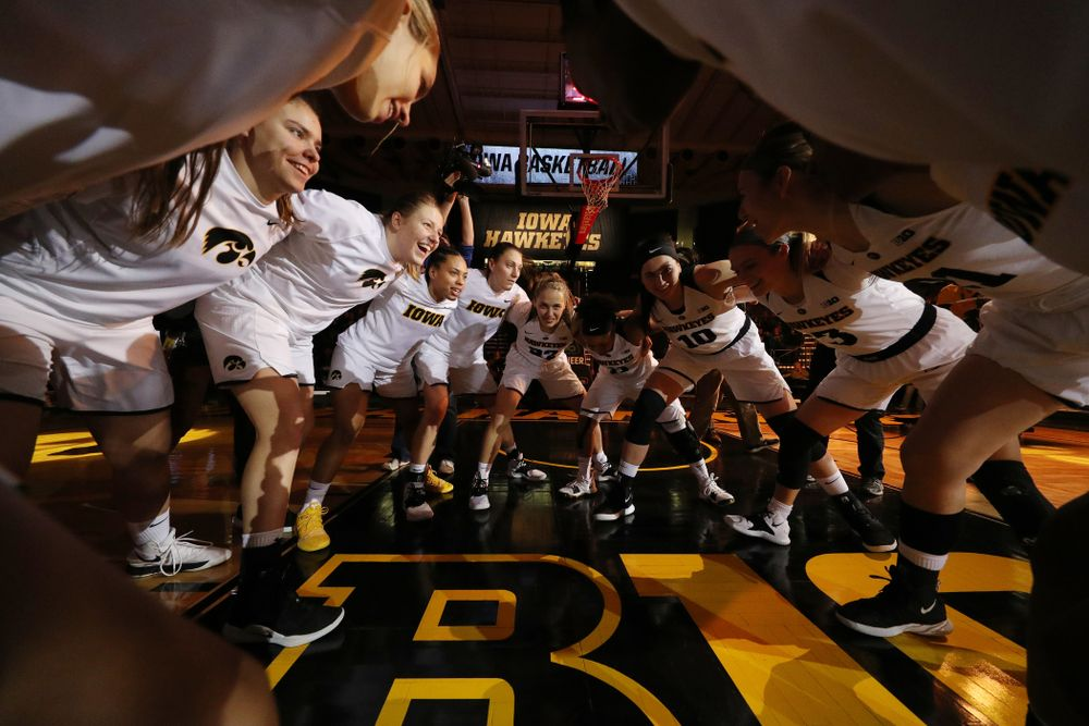 The Iowa Hawkeyes against the Michigan Wolverines Thursday, January 17, 2019 at Carver-Hawkeye Arena. (Brian Ray/hawkeyesports.com)