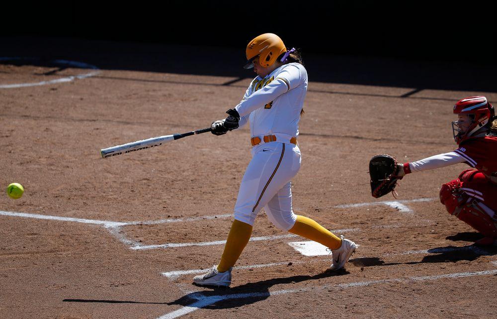 Iowa Hawkeyes infielder Taylor Libby (4)