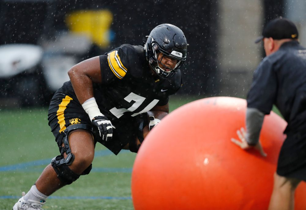 Iowa Hawkeyes offensive lineman Tristan Wirfs (74) during camp practice No. 15  Monday, August 20, 2018 at the Hansen Football Performance Center. (Brian Ray/hawkeyesports.com)