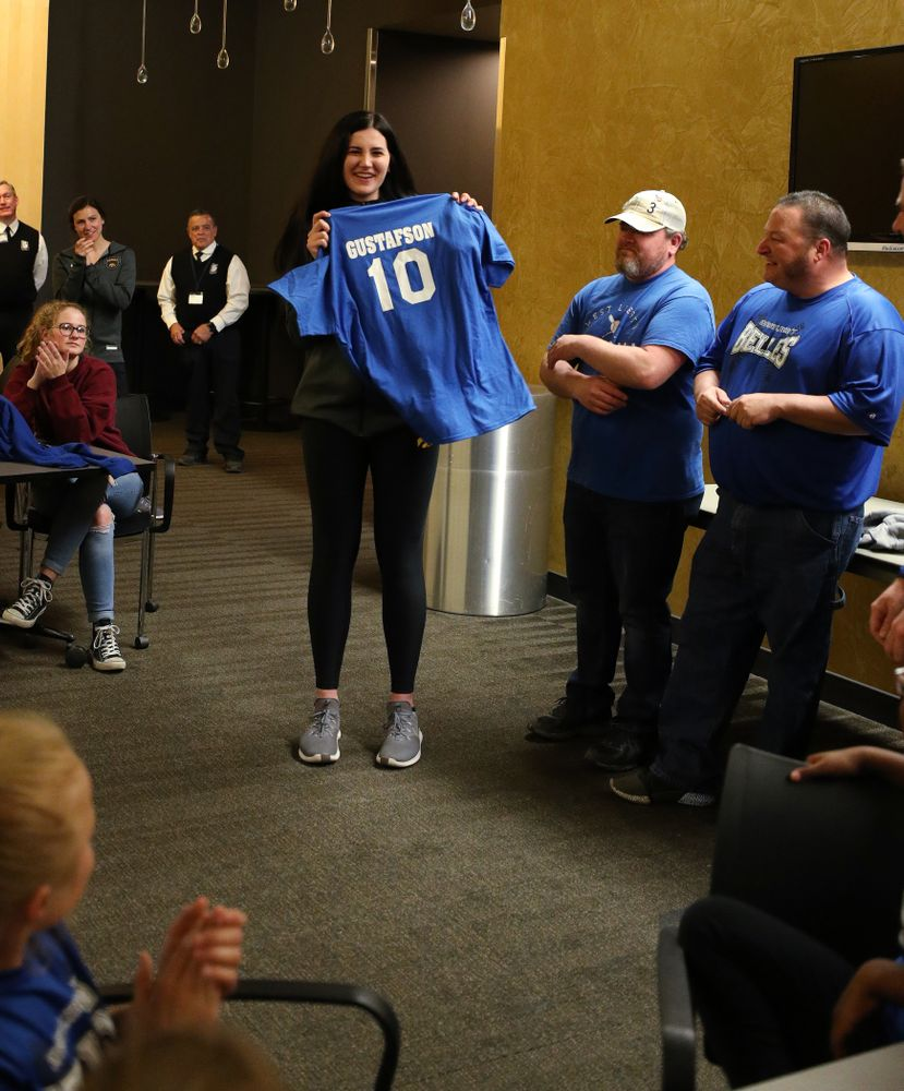Iowa Hawkeyes forward Megan Gustafson (10) speaks to a group of young girls from West Liberty following teamÕs Celebr-Eight event Wednesday, April 24, 2019 at Carver-Hawkeye Arena. (Brian Ray/hawkeyesports.com)