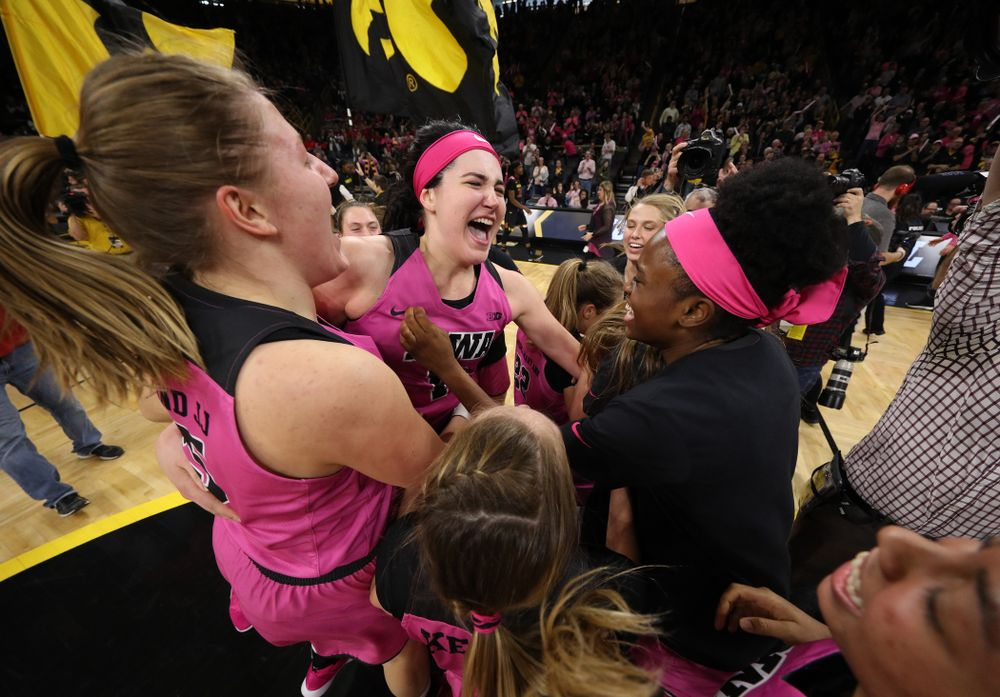 The Iowa Hawkeyes celebrate their victory against the seventh ranked Maryland Terrapins Sunday, February 17, 2019 at Carver-Hawkeye Arena. (Brian Ray/hawkeyesports.com)