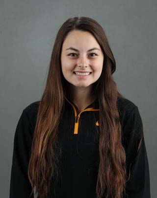 Katherine Becker - Women's Rowing - University of Iowa Athletics