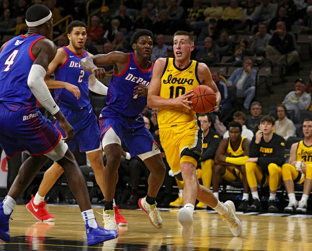 Iowa Hawkeyes guard Joe Wieskamp (10) drives with the ball during the second half of their game at Carver-Hawkeye Arena in Iowa City on Monday, Nov 11, 2019. (Stephen Mally/hawkeyesports.com)