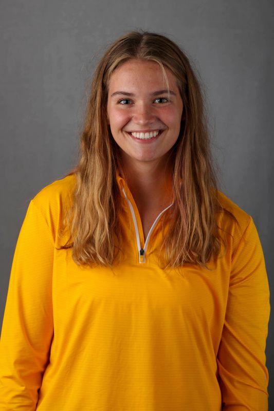 Laura Bates - Women's Rowing - University of Iowa Athletics
