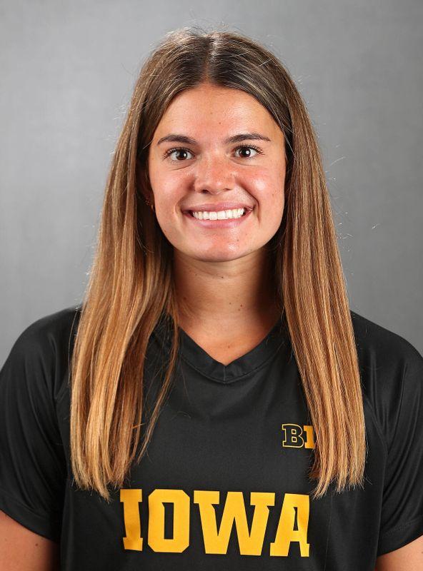 Riley Burns - Women's Soccer - University of Iowa Athletics