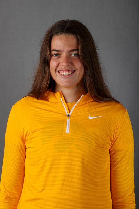 Emma Dabinett - Women's Rowing - University of Iowa Athletics