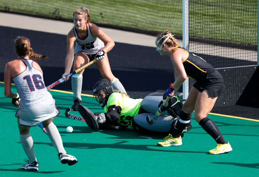Iowa Hawkeyes Leslie Speight (96) makes a save against the Penn Quakers Friday, September 14, 2018 at Grant Field. (Brian Ray/hawkeyesports.com)