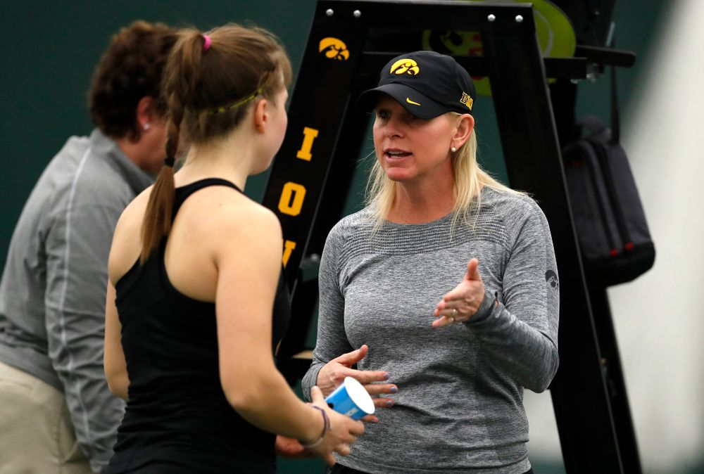 Elise Van Heuvelen and head coach Sasha Schmid against Ohio State Sunday, March 25, 2018 at the Hawkeye Tennis and Recreation Center. (Brian Ray/hawkeyesports.com)