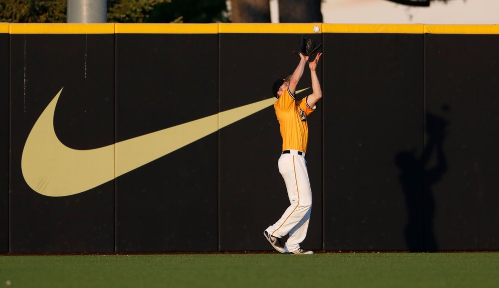 Iowa Hawkeyes outfielder Robert Neustrom (44) against the Penn State Nittany Lions Saturday, May 19, 2018 at Duane Banks Field. (Brian Ray/hawkeyesports.com)