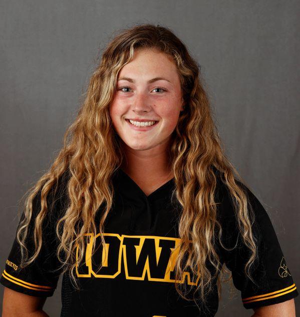 Rylie Moss - Softball - University of Iowa Athletics