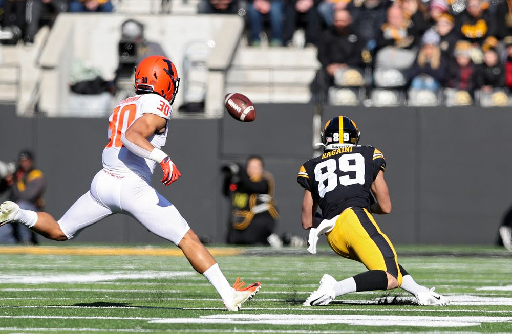Iowa Hawkeyes wide receiver Nico Ragaini (89) pulls in a pass for a first down during the first quarter of their game at Kinnick Stadium in Iowa City on Saturday, Nov 23, 2019. (Stephen Mally/hawkeyesports.com)