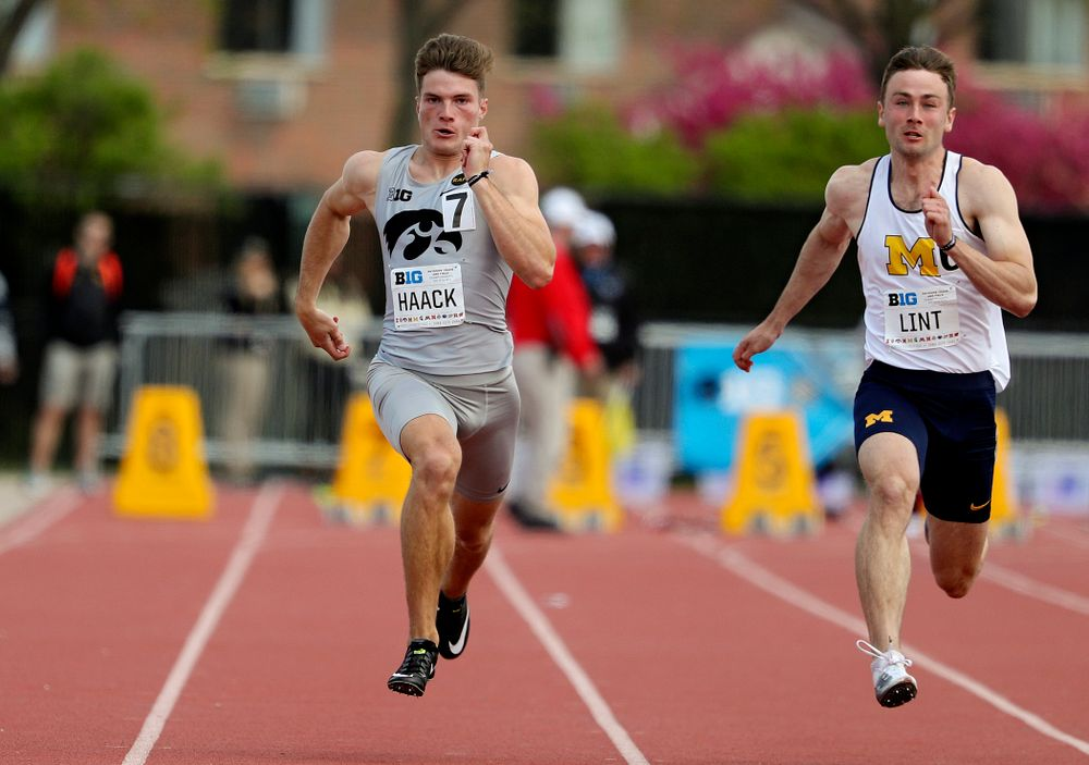Iowa's Peyton Haack runs the 100 meter dash during the men's decathlon event on the first day of the Big Ten Outdoor Track and Field Championships at Francis X. Cretzmeyer Track in Iowa City on Friday, May. 10, 2019. (Stephen Mally/hawkeyesports.com)