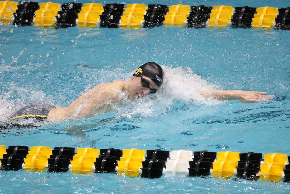 Iowa's Jackson Allmon swims the third leg of the 800 freestyle relay at the 2019 Big Ten Swimming and Diving meet  Wednesday, February 27, 2019 at the Campus Wellness and Recreation Center. (Brian Ray/hawkeyesports.com)