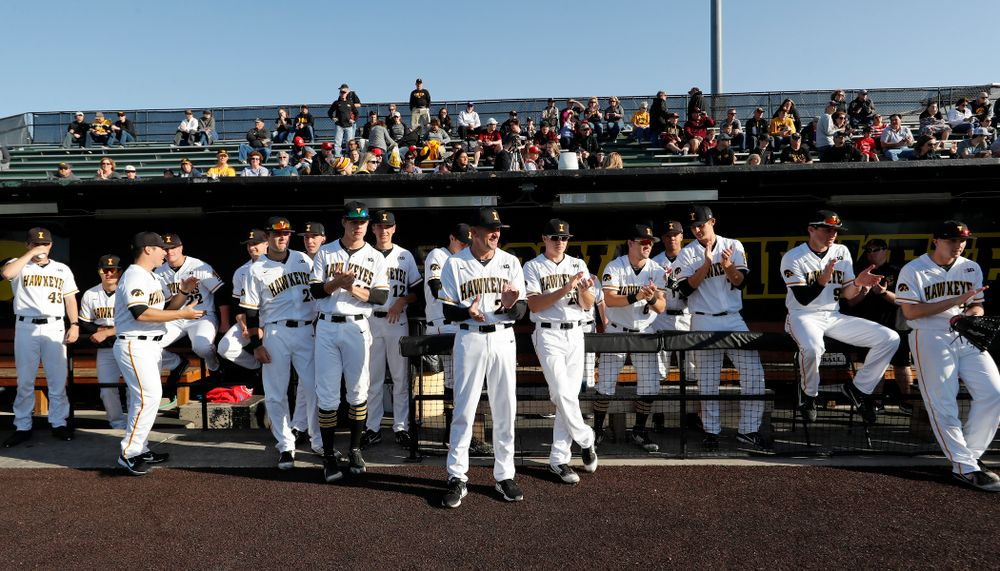 The Iowa Hawkeyes before their game against the Michigan Wolverines Friday, April 27, 2018 at Duane Banks Field in Iowa City. (Brian Ray/hawkeyesports.com)