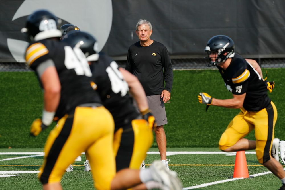 Iowa Hawkeyes head coach Kirk Ferentz during camp practice No. 16 Tuesday, August 21, 2018 at the Hansen Football Performance Center. (Brian Ray/hawkeyesports.com)