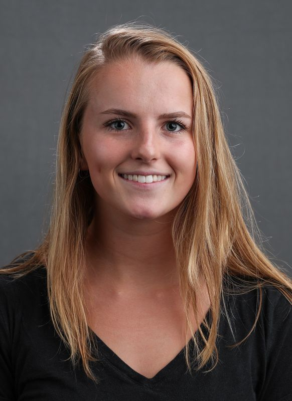 Christina Crane - Women's Swim & Dive - University of Iowa Athletics