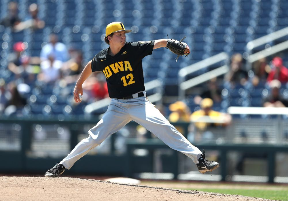Iowa Hawkeyes Drew Irvine (12) against the Nebraska Cornhuskers in the first round of the Big Ten Baseball Tournament Friday, May 24, 2019 at TD Ameritrade Park in Omaha, Neb. (Brian Ray/hawkeyesports.com)