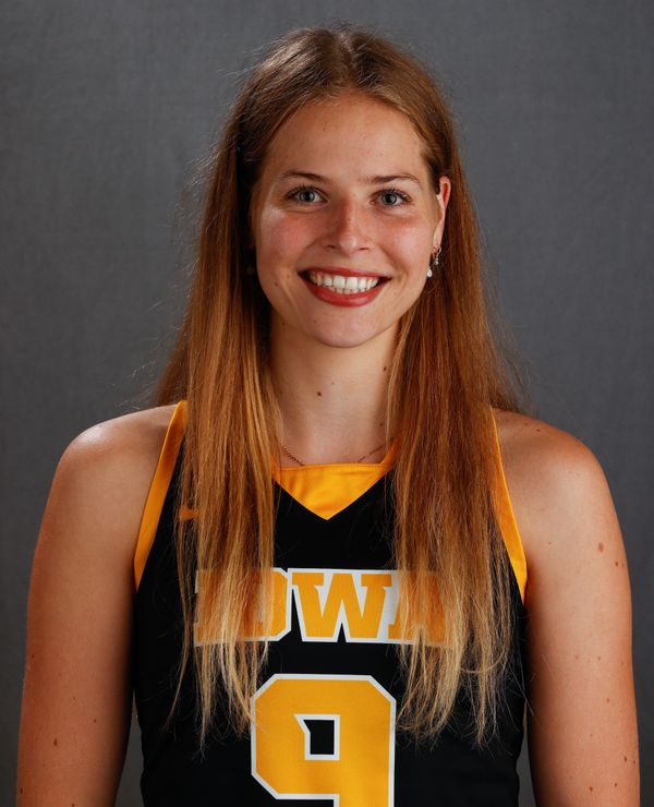 Sofie Stribos - Field Hockey - University of Iowa Athletics