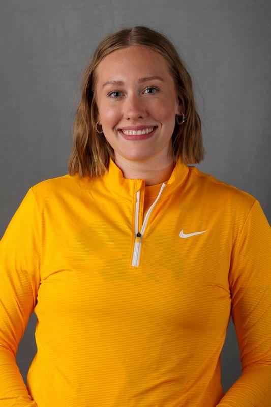 Emma Mask - Women's Rowing - University of Iowa Athletics