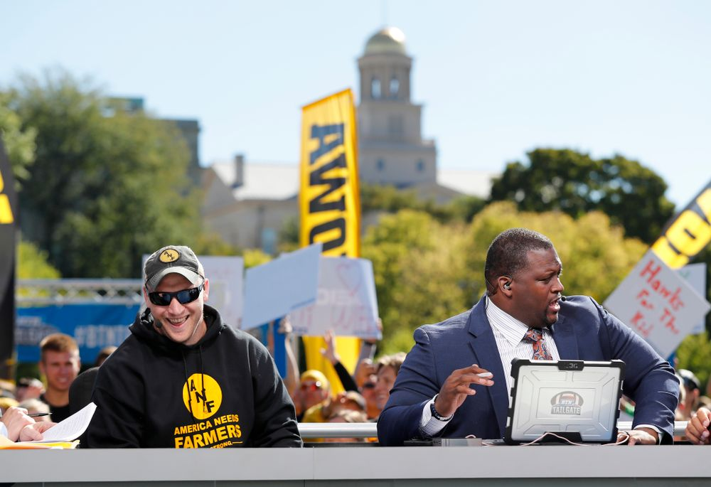 Guest picker Pat Angerer as the BTN Tailgate does a live show Saturday, September 22, 2018 at Hubbard Park on the University of Iowa Campus. (Brian Ray/hawkeyesports.com)