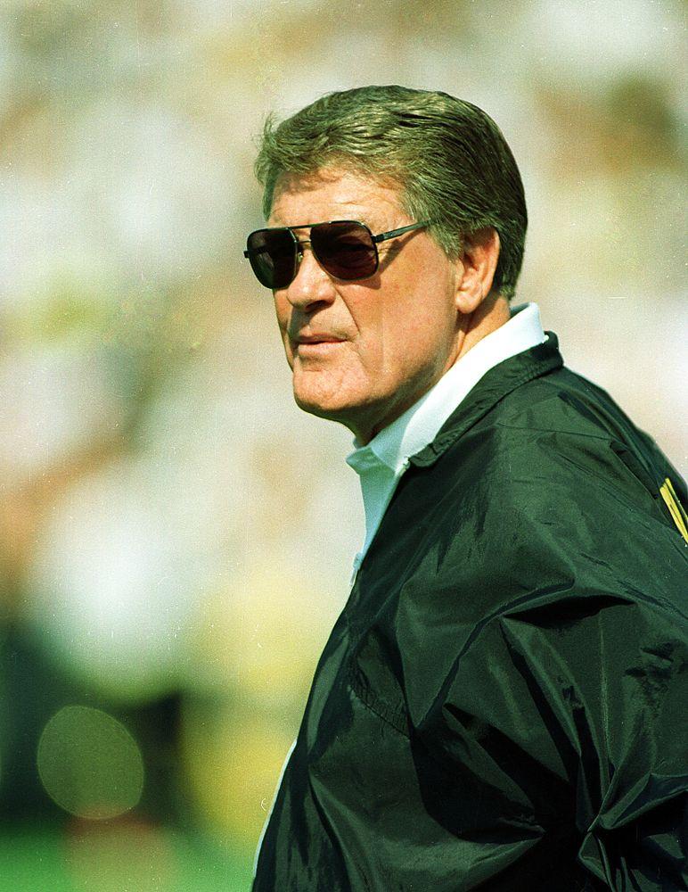 Iowa Football Hayden Fry 1991. (Bob Rasmus)