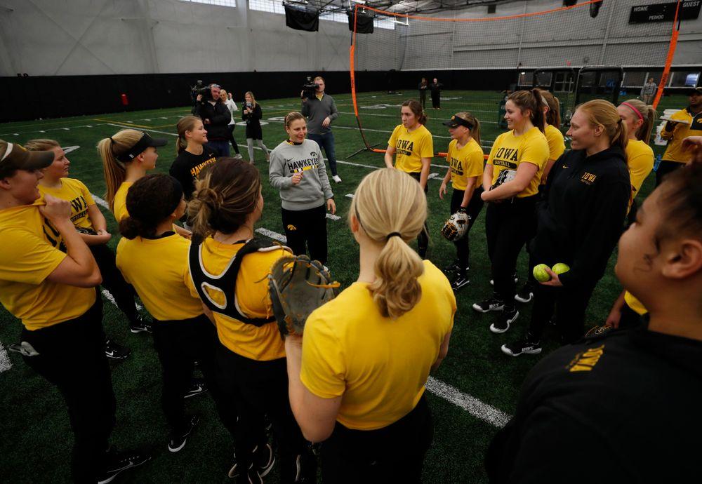 The Iowa Hawkeye practice Thursday, February 1, 2018 at the Hawkeye Tennis and Recreation Complex. (Brian Ray/hawkeyesports.com)