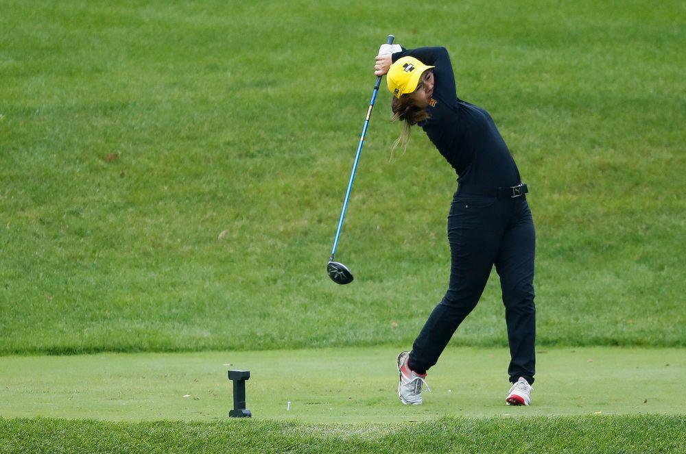 Iowa's Manuela Lizarazu tees off during the final round of the Diane Thomason Invitational at Finkbine Golf Course on September 30, 2018. (Tork Mason/hawkeyesports.com)