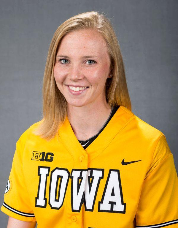 Erin Erickson - Softball - University of Iowa Athletics