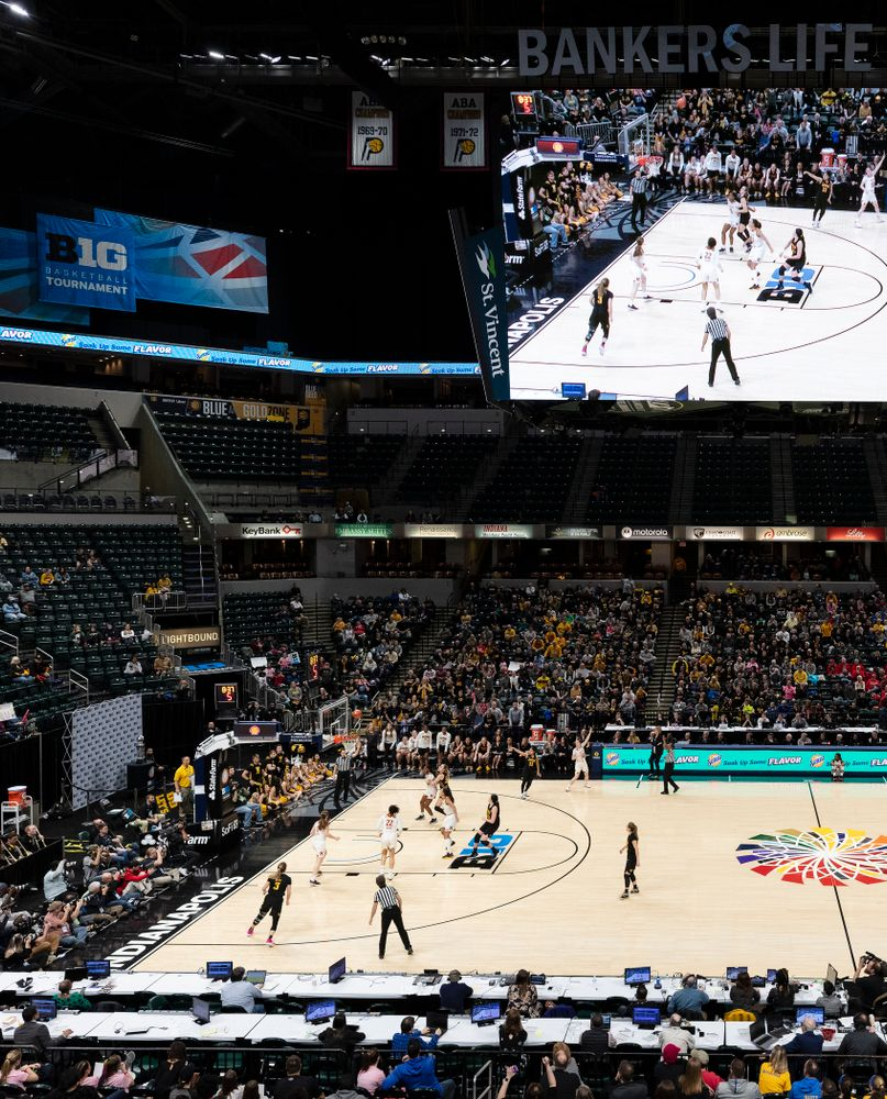 The Iowa Hawkeyes take on the Maryland Terrapins in the Big Ten Championship Game Sunday, March 10, 2019 at Bankers Life Fieldhouse in Indianapolis, Ind. (Brian Ray/hawkeyesports.com)