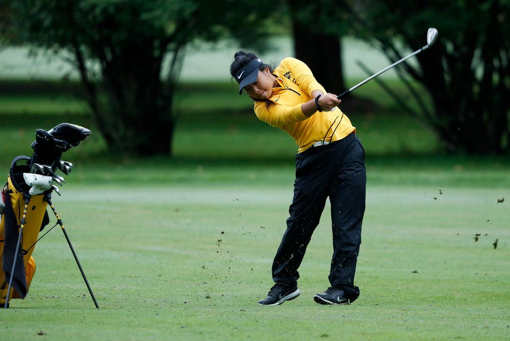 Iowa's Rachel Fujitani hits an approach shot during the Diane Thomason Invitational at Finkbine Golf Course on September 29, 2018. (Tork Mason/hawkeyesports.com)