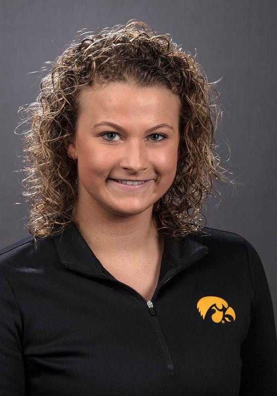 Claire Park - Women's Swim & Dive - University of Iowa Athletics