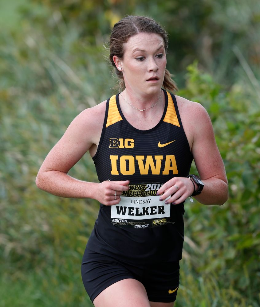 Lindsay Welker during the Hawkeye Invitational Friday, August 31, 2018 at the Ashton Cross Country Course.  (Brian Ray/hawkeyesports.com)